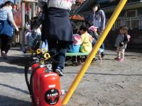ご家庭でも消火器の点検を。