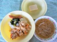4.16炒り玉豆腐丼