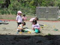 砂場きもちいい💛